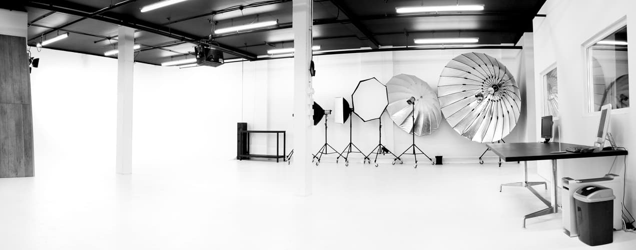 Studio hire birmingham the white room studios for The green room birmingham